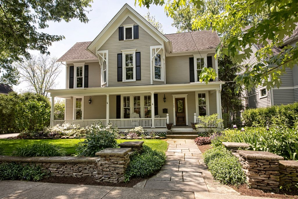 Lovely house with garden