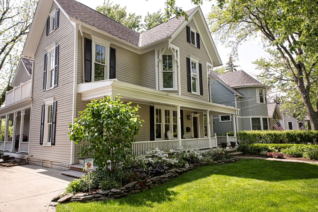 Century Home in Chagrin Falls