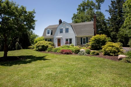 15450 Hemlock Point Rd, Chagrin Falls, Ohio 44022 - Featured Property