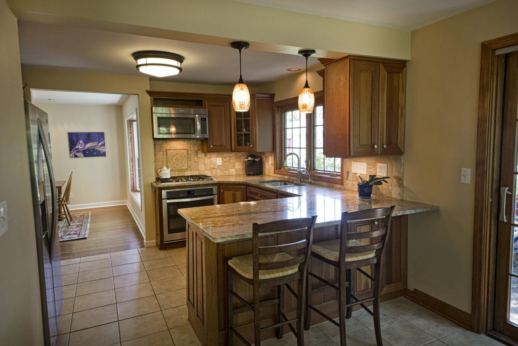 Kitchen countertop with chairs