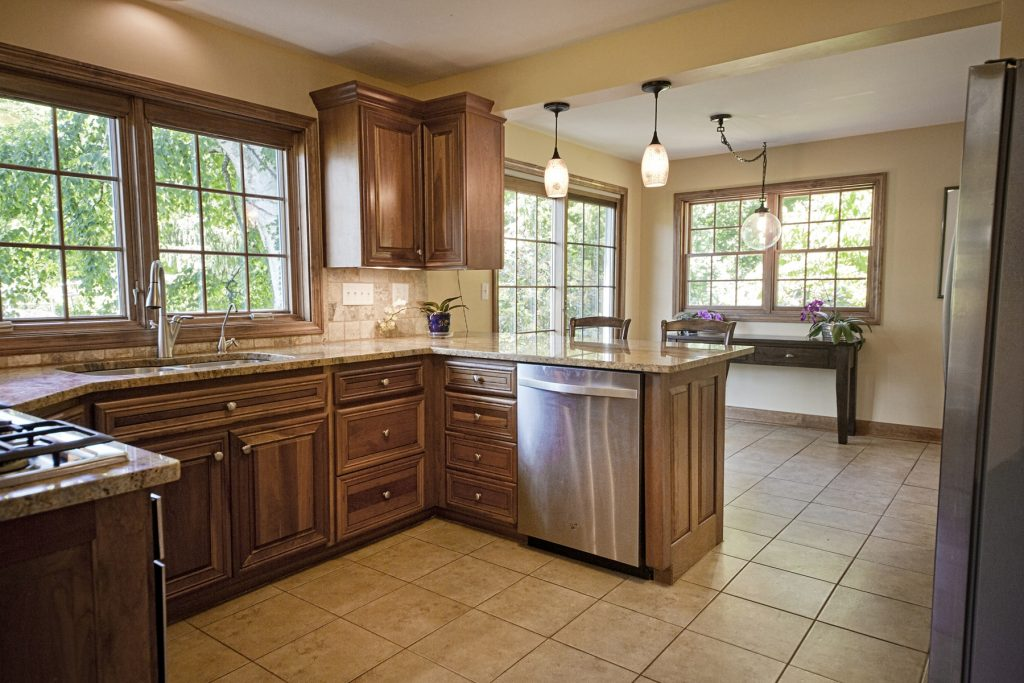 Countertop with wood cabinet