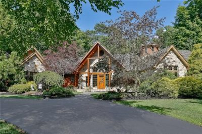 18801 Brewster Road, Chagrin Falls, Ohio 44023 - Featured Property